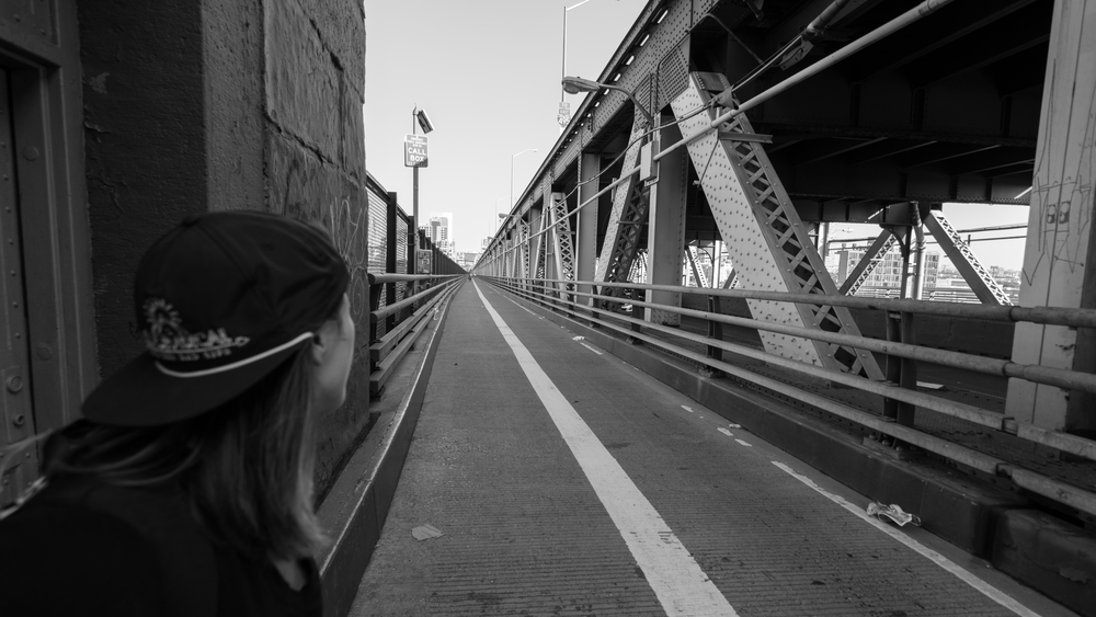 walking the queensboro bridge in NYCity