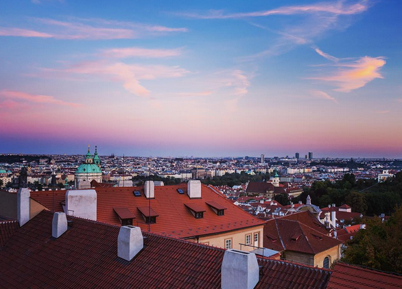 PRAGUE ROOFTOP VIEWS // IMAGE BY FRANKIEBOYPHOTOGRAPHY.COM