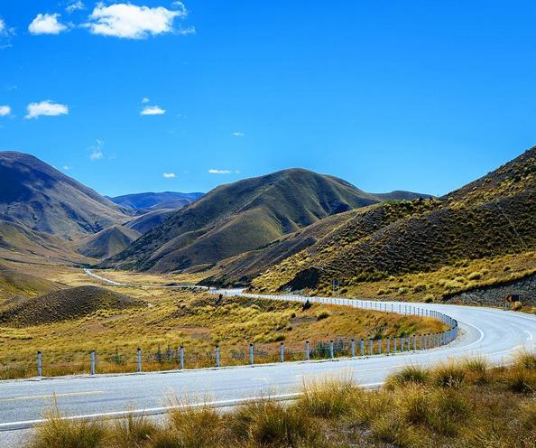 WINDY ROADS DIP THRU THE LINDIS PASS | LINDIS PASS NEW ZEALAND