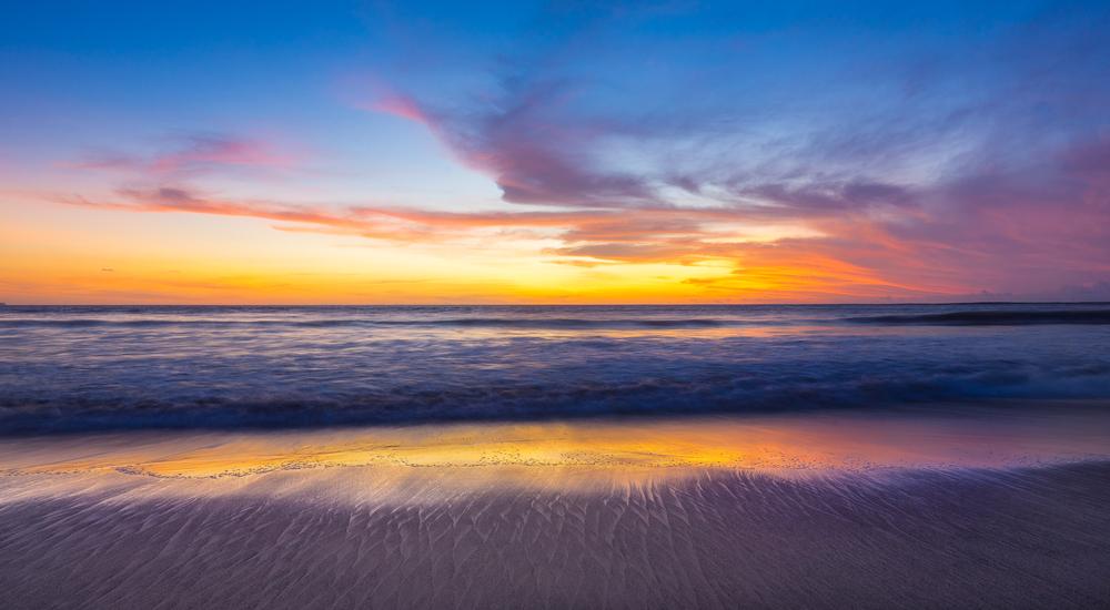 KU DE TA BEACH, SEMINYAK, INDONESIA