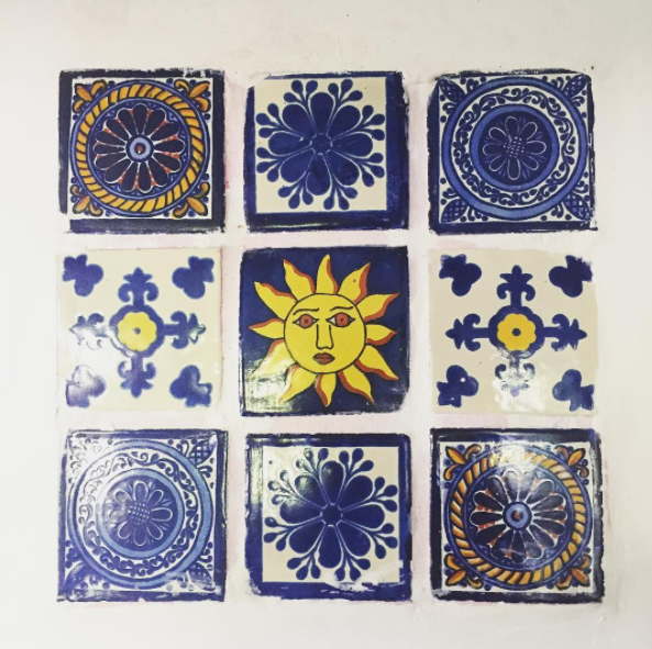 santa fe tiles and decor (image by Frankieboy photography)