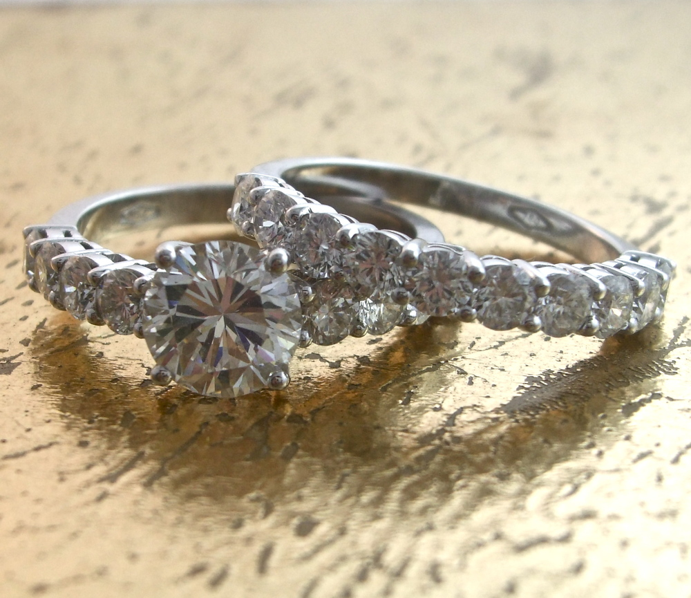 Set Wedding Band & Engagement Ring Item No: 0013558