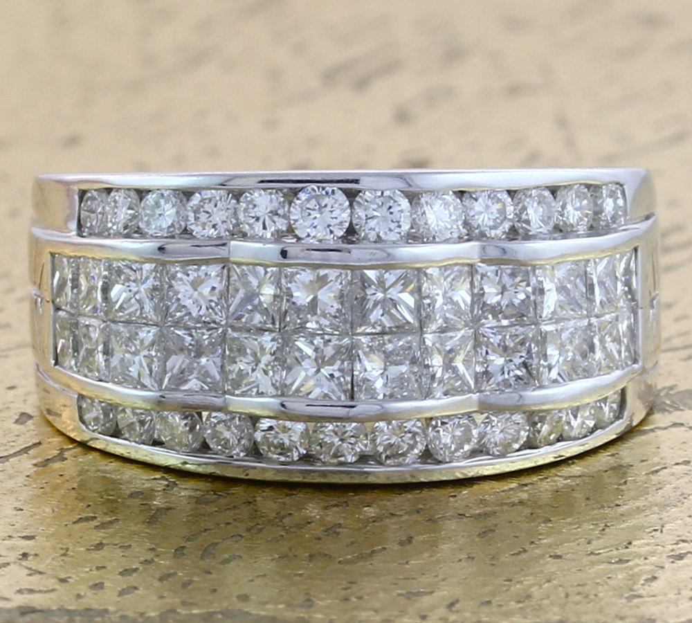 Cocktail Diamond Ring in Invisible Setting - Item No: 0010595