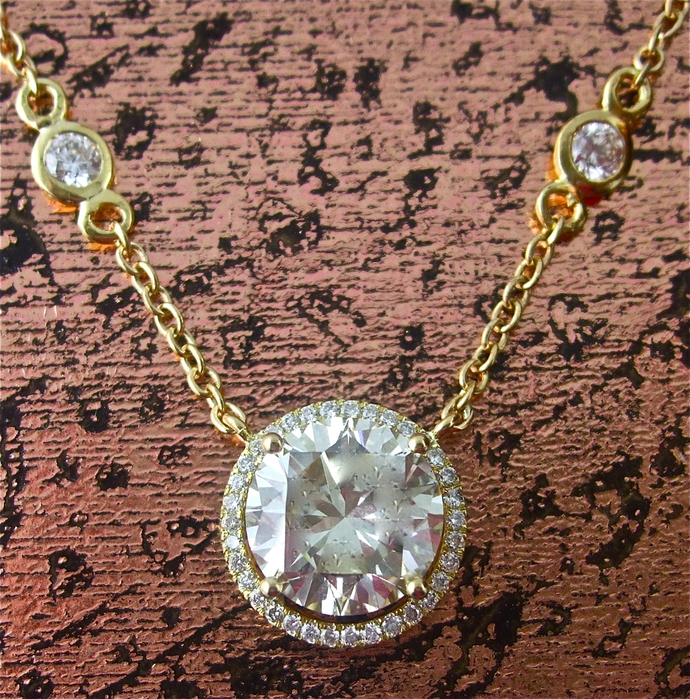 Diamond Pendant - Item No: 0013457