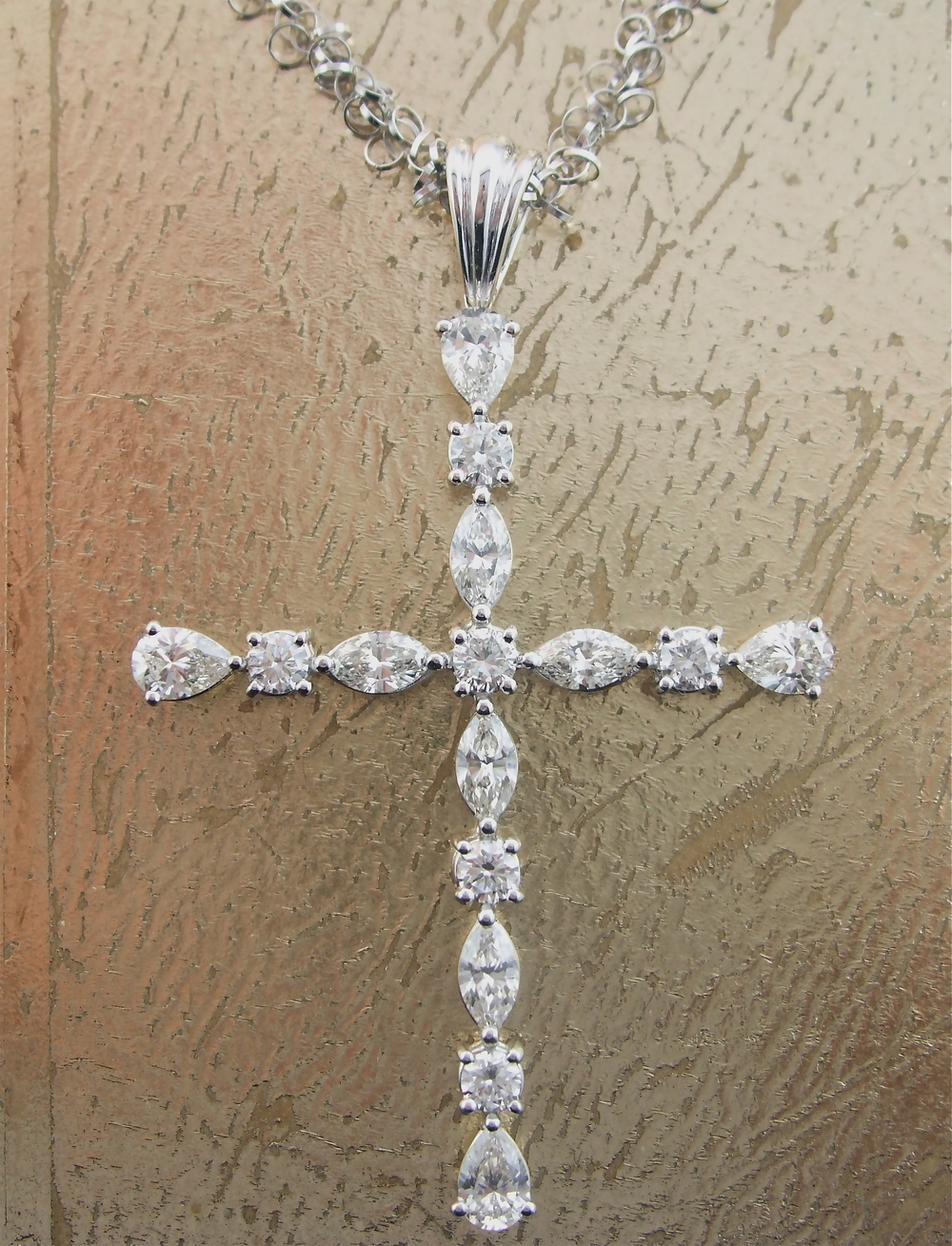 Diamond Cross - Item No: 0013646