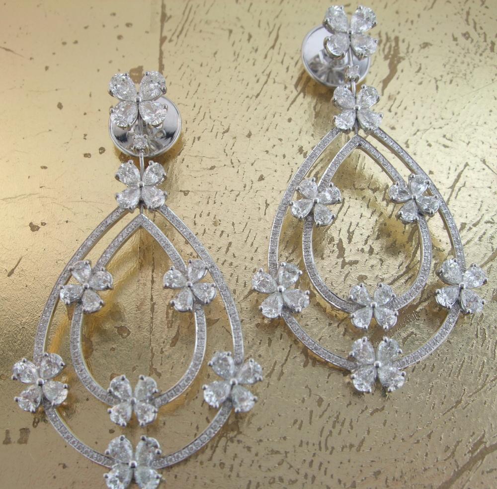 Pear & Round Diamond Earrings - Item No: 0013630