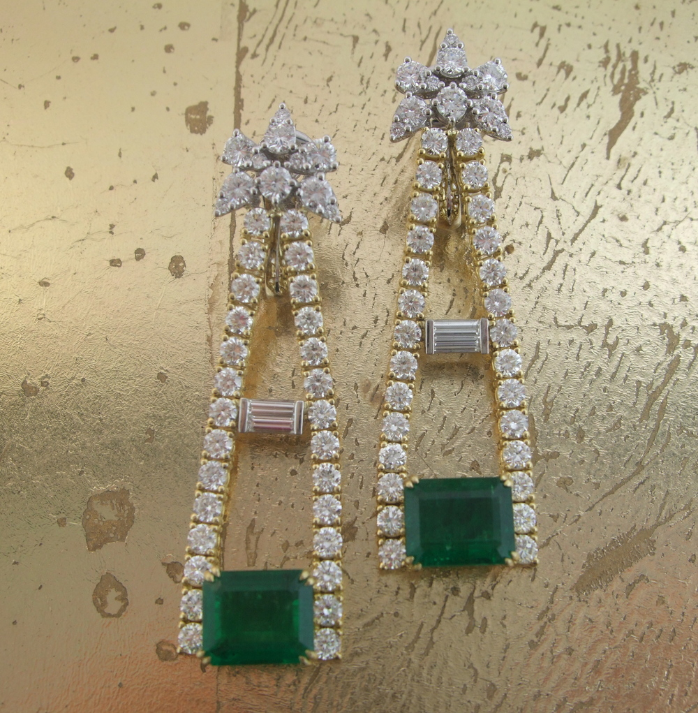 Emerald & Diamond Earrings - Item No: 0013740