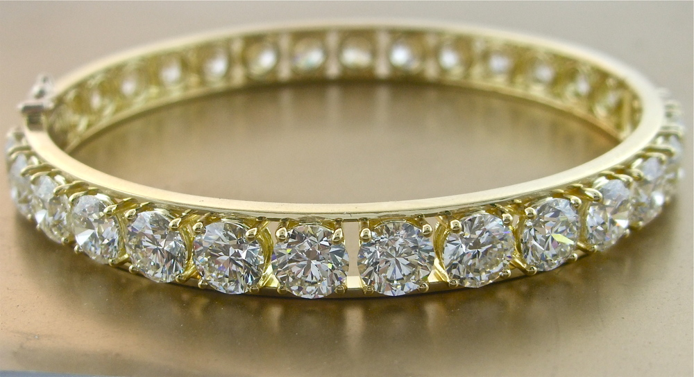Diamond Bangle - Item No: 0013471