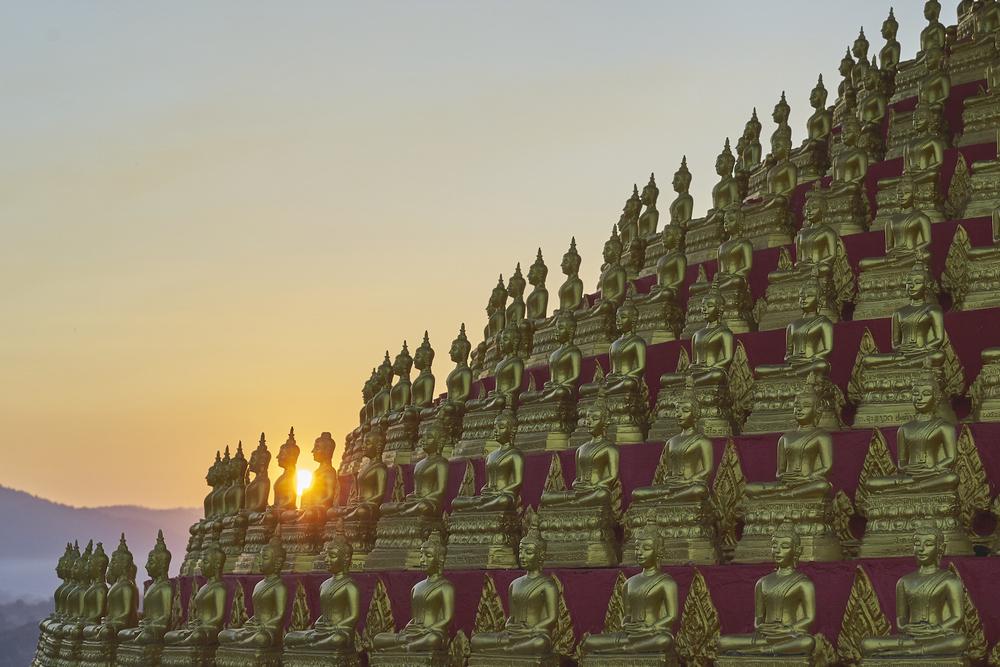 Khasar_S_SunsetBuddhas_Houayxay_Laos_Winter_2014.jpg
