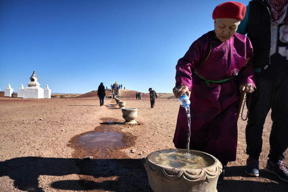 Khasar_S_Rituals_Dundgovi_Mongolia_Spring_2016.png