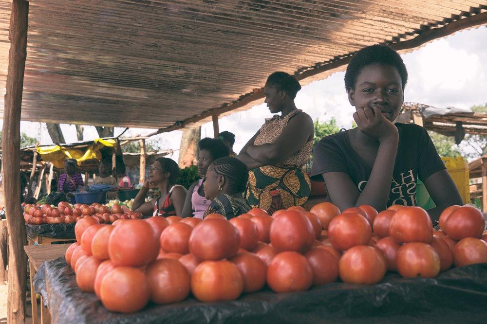 KSP_AtTheMarket_I_Chisasa_Zambia_Winter_2017.jpeg