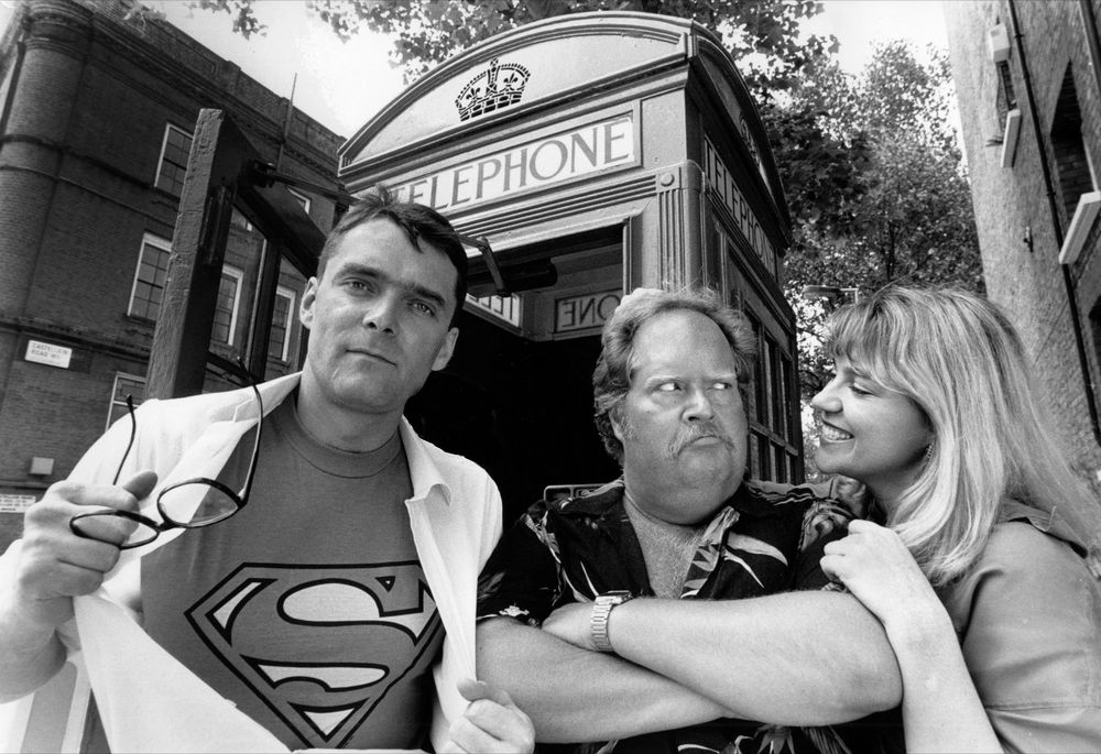 Stuart Milligan (clark kent/superman), william hootkins (lex luthor) and lorelei king (lois Lane)