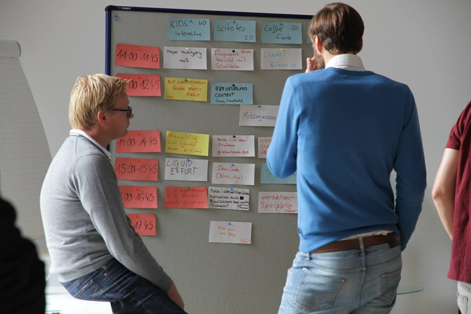 Der handgemachte Session-Plan. Foto:https://de-de.facebook.com/barcamperfurt
