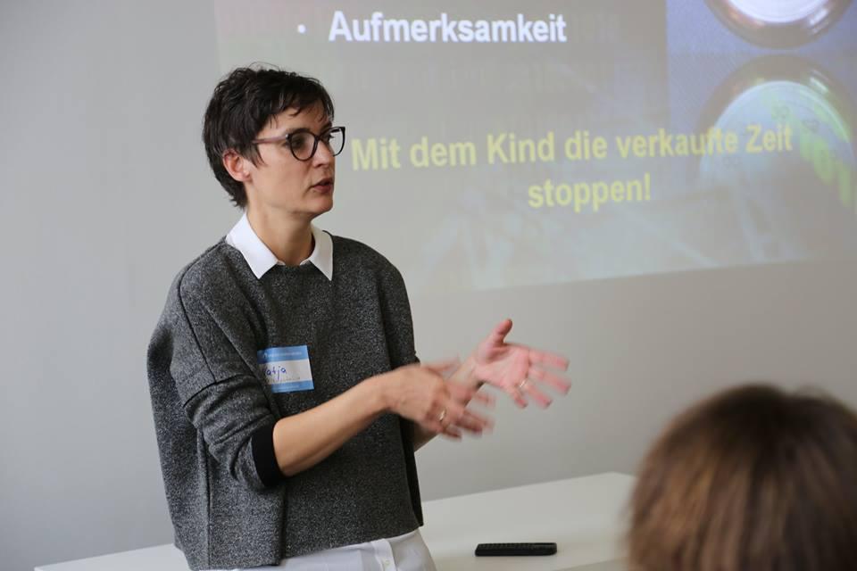 """Vortrag beim Barcamp """"Kinder Jugend Medien"""" in Erfurt Foto:  @BarCampErfurt"""
