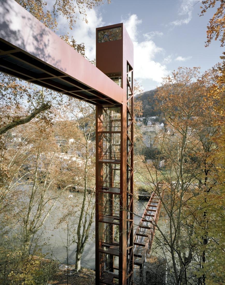 51004989b3fc4b1aa5000024_puente-peatonal-y-ascensor-limmat-leuppi-schafroth-architekten_1702-28-ls_frei.jpg