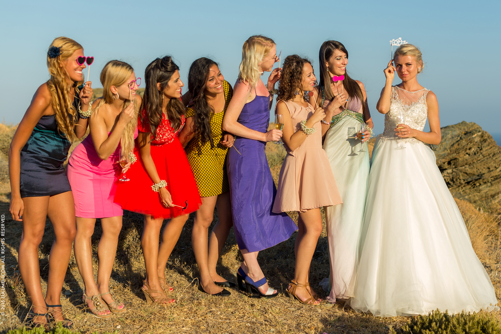 bridesmaids greece photography