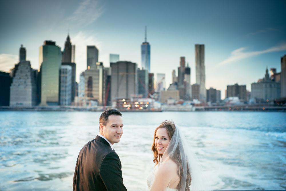 Αν θελετε να επιλέξετε ενα μοναδικό team ποιοτικών φωτογράφων για τον δικό σας γάμο μπορείτε να επικοινωνήσετε με email ή στο 6978117521 για διαθεσιμότητα και τιμές! Πρίν φύγετε δείτε εδω τα βίντεο μας