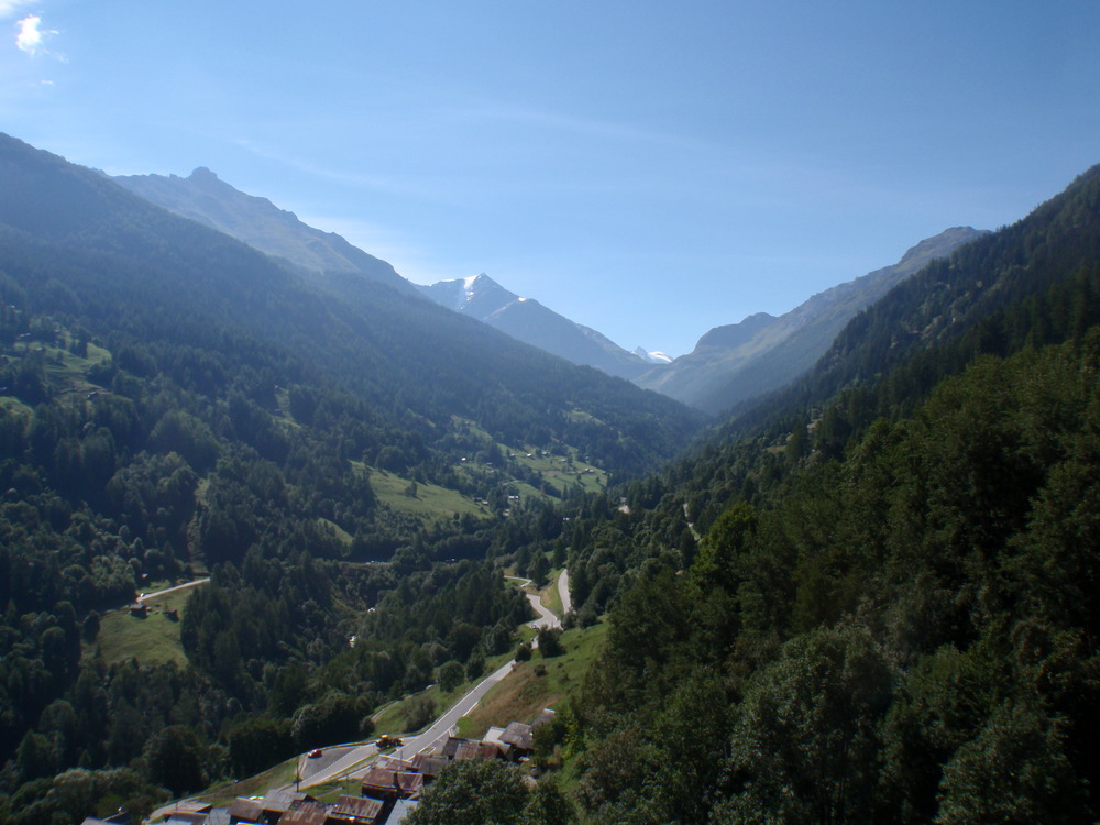 Guided road cycling tours Val Dixence