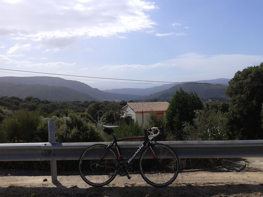 Sardinia cycling training camps