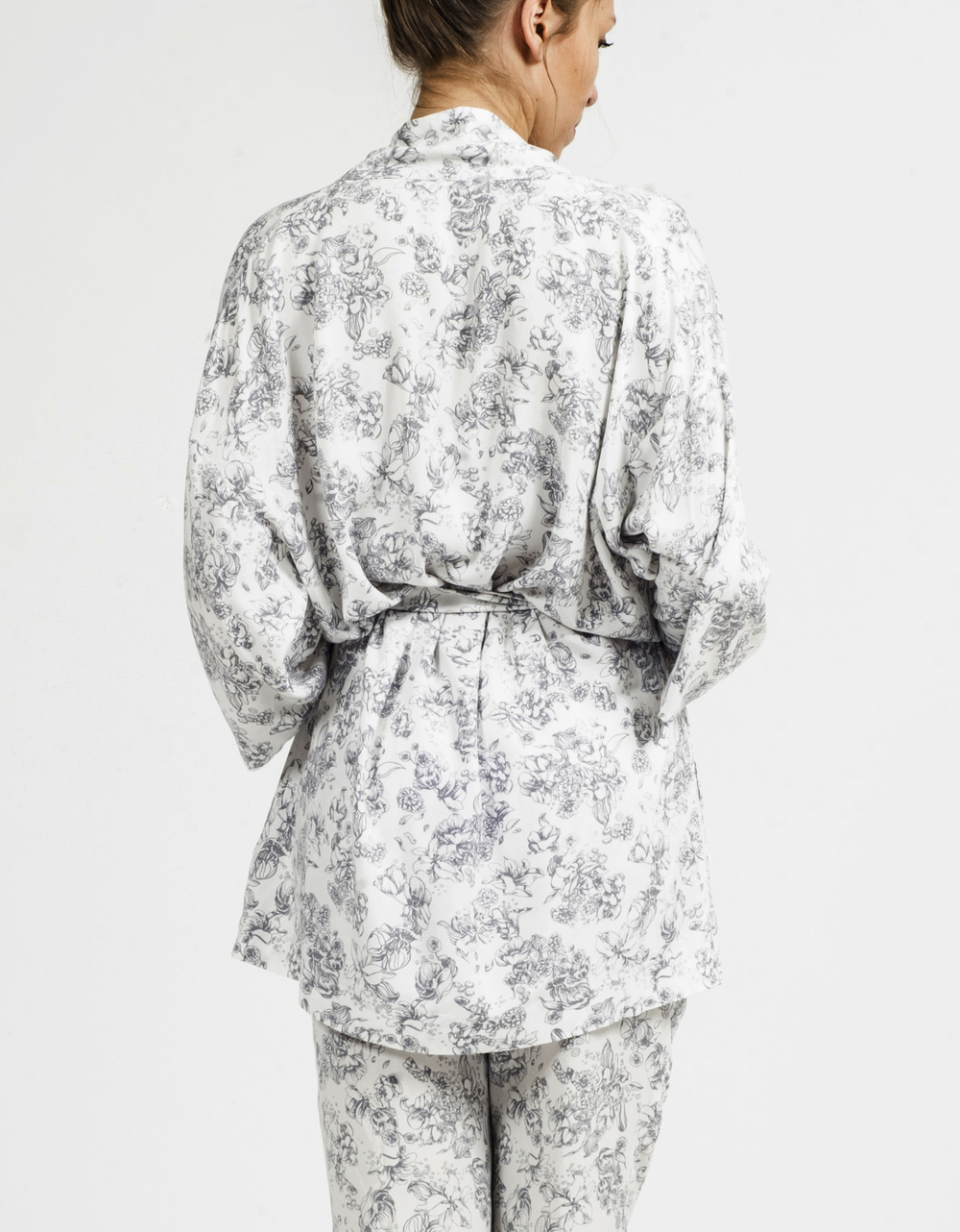 Anna Robe- White Back3.jpg