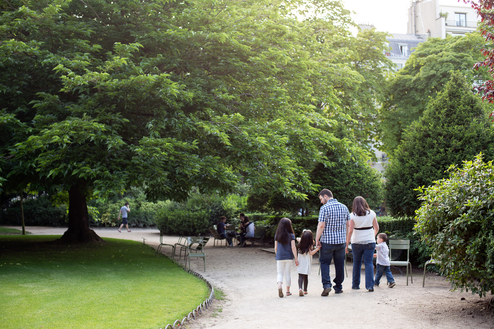 Paris, France Family Photographer II Photographe famille de Paris II Jardin du Luxembourg_011.jpg