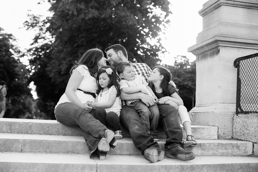 Paris, France Family Photographer II Photographe famille de Paris II Jardin du Luxembourg_022.jpg