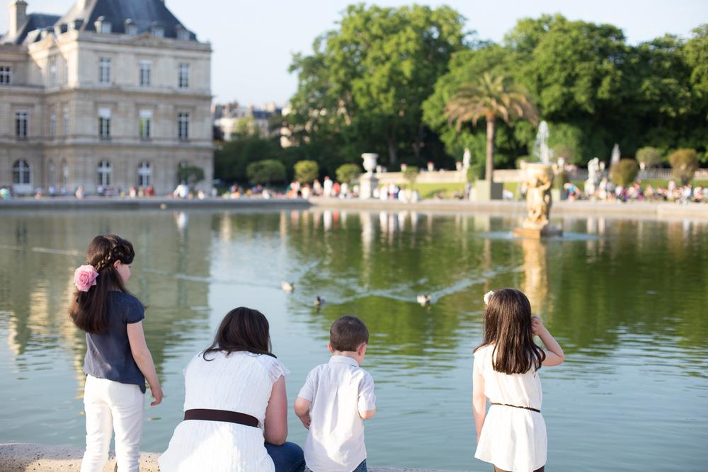 Paris, France Family Photographer II Photographe famille de Paris II Jardin du Luxembourg_025.jpg