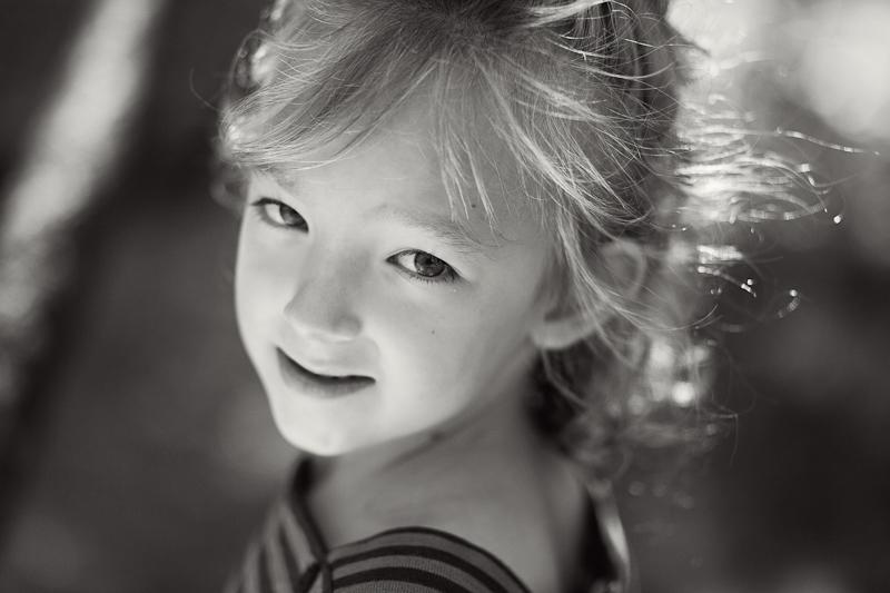 080313_hilton-amy-family-portraits_323-Edit-2BW