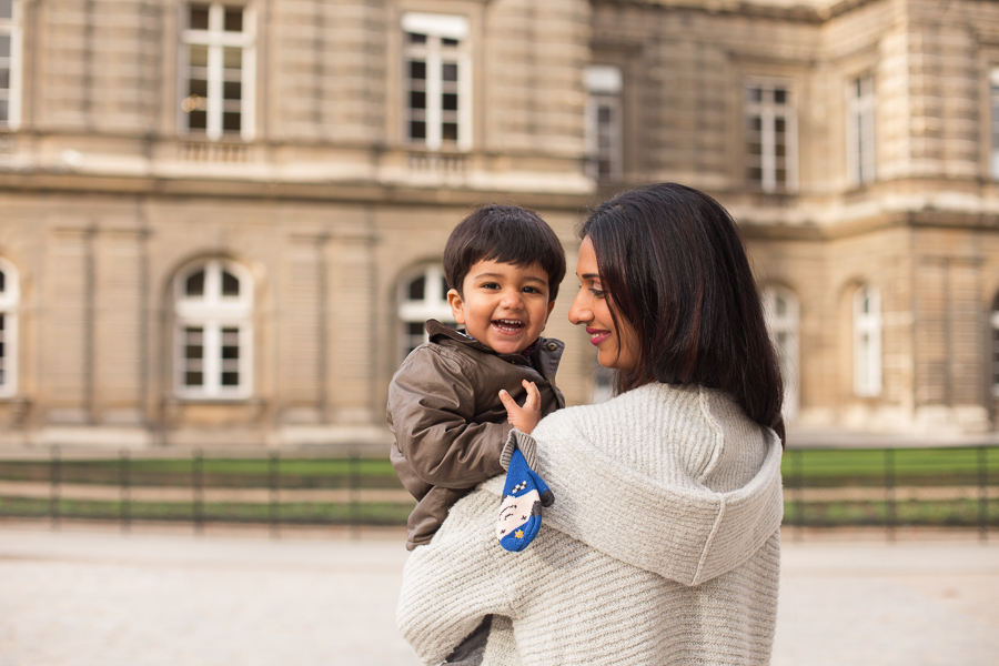 paris-france-lifestyle-maternity-family-photographer-jardin-du-luxembourg_007.jpg