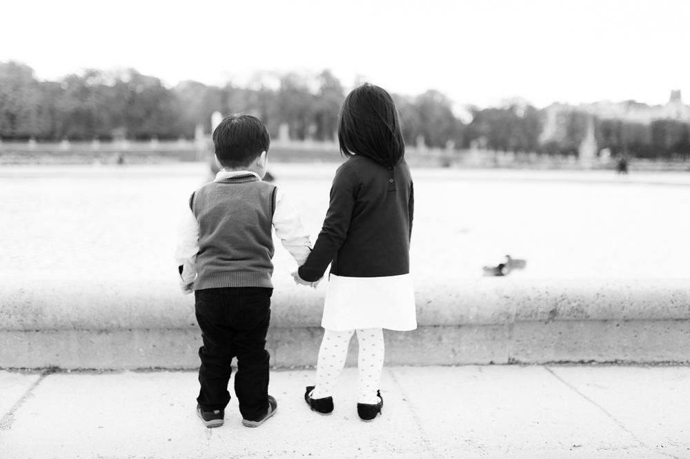 winter-family-photo-shoot-ideas-4