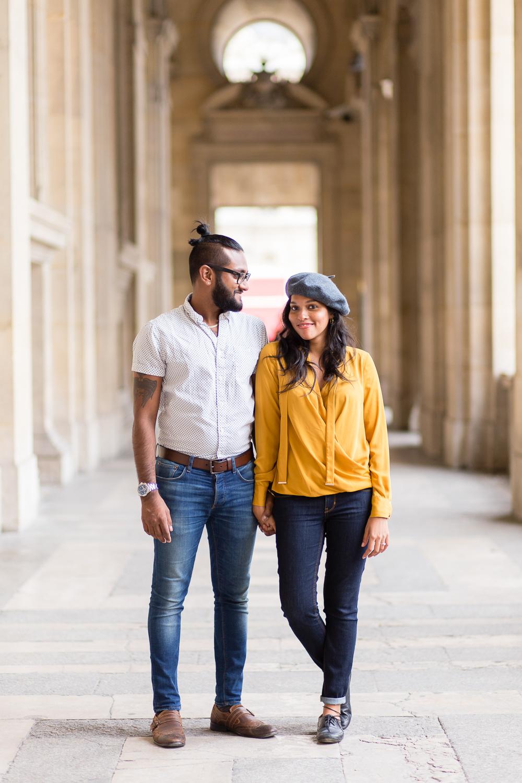 colorful-unique-outdoor-fall-engagement-couples-photo-shoot-paris-photographer_003.jpg
