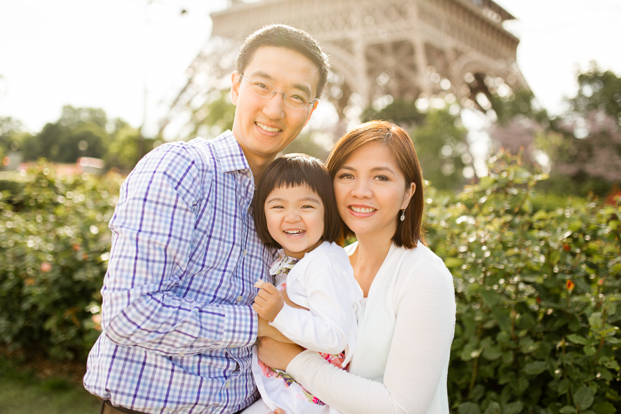 family-portraits-eiffel-tower-paris-photographer_009.jpg