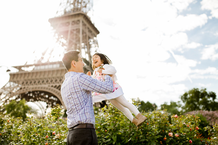 family-portraits-eiffel-tower-paris-photographer_011.jpg