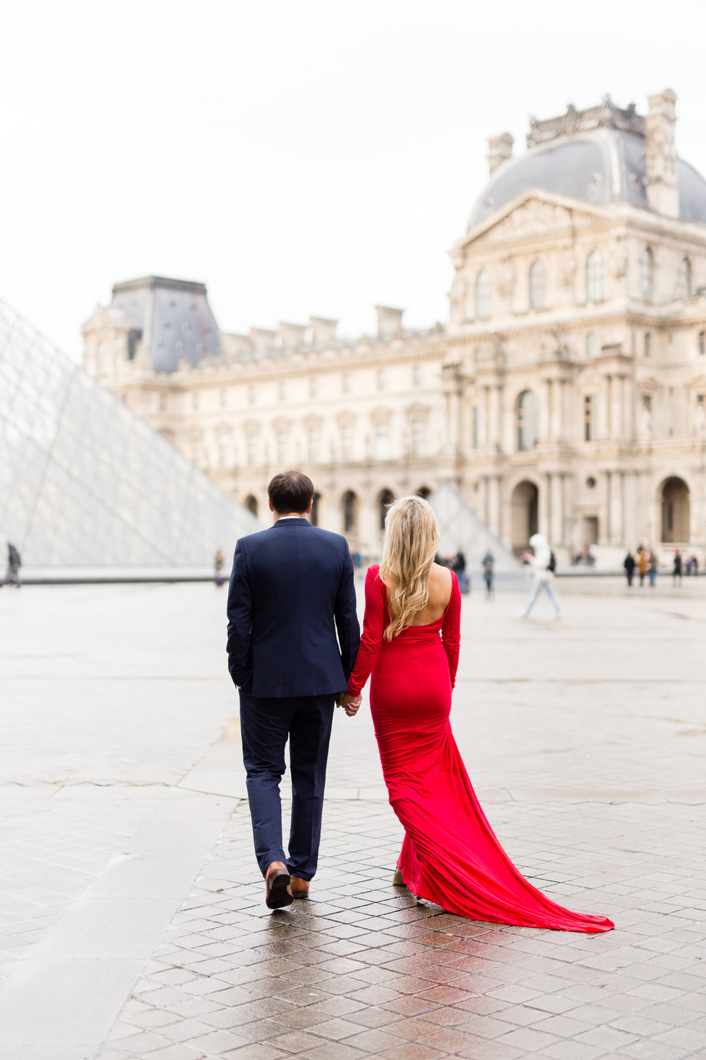 paris-maternity-photographer-katie-donnelly-blogger-chloe-arnold-palais-royal-louvre-10.jpg
