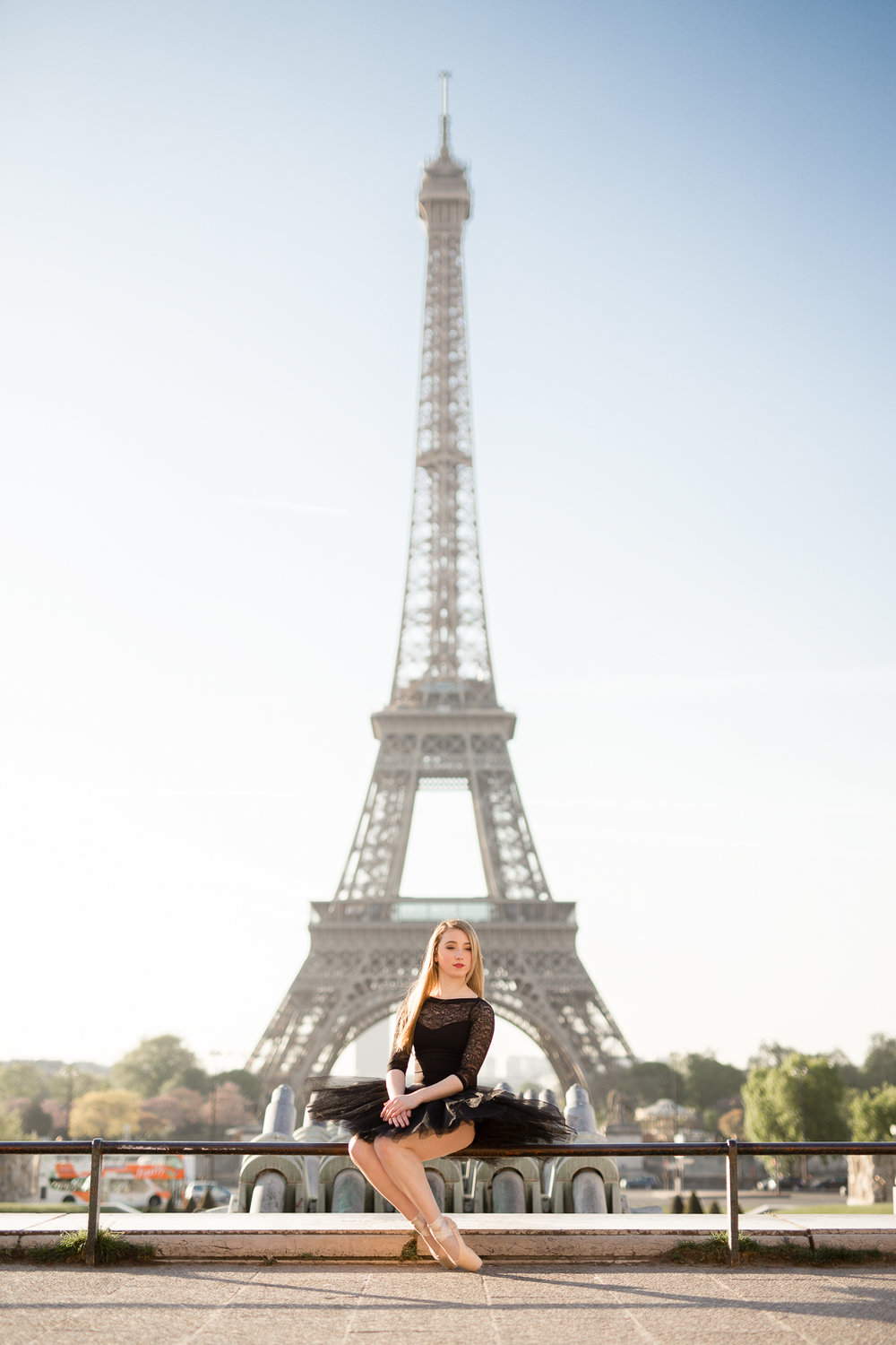 paris-ballerina-photographer-Katie_donnelly_photography-Louvre_eiffel_tower-19.jpg