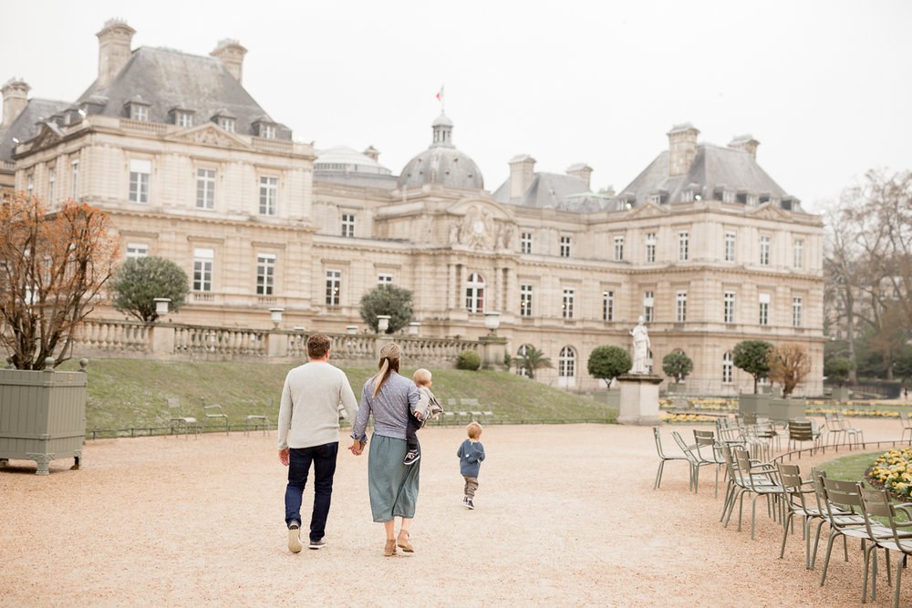 Jardin-du-Luxembourg-Family-Portraits-with-little-kids-in-Paris-in-April-II-Paris-photographer-Katie-Donnelly_001.jpg