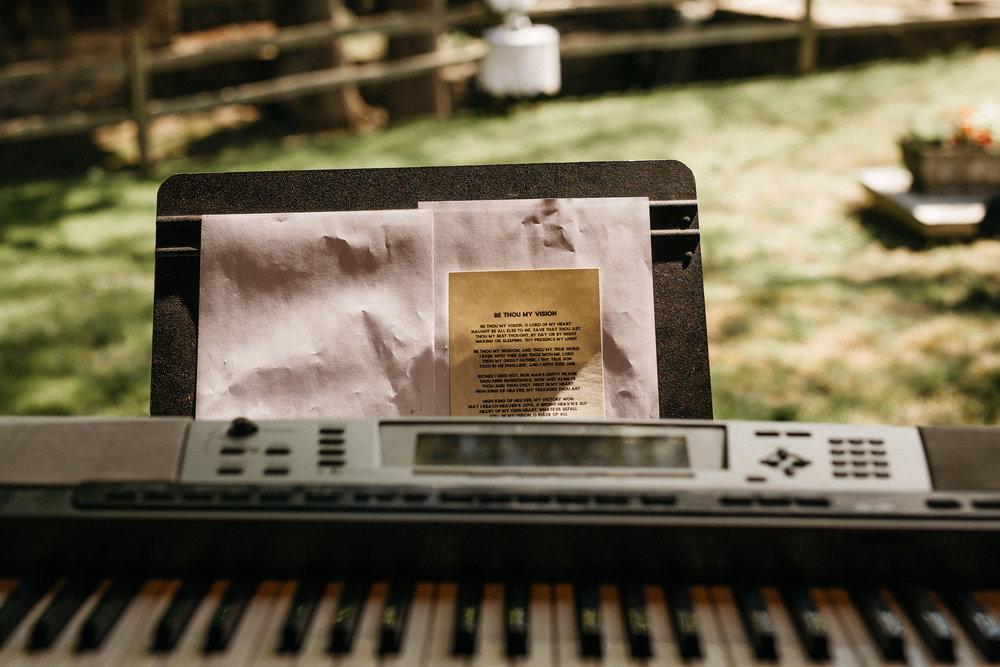 eastlyn bright intimate ohio backyard bohemian forest wedding photographer -29.jpg