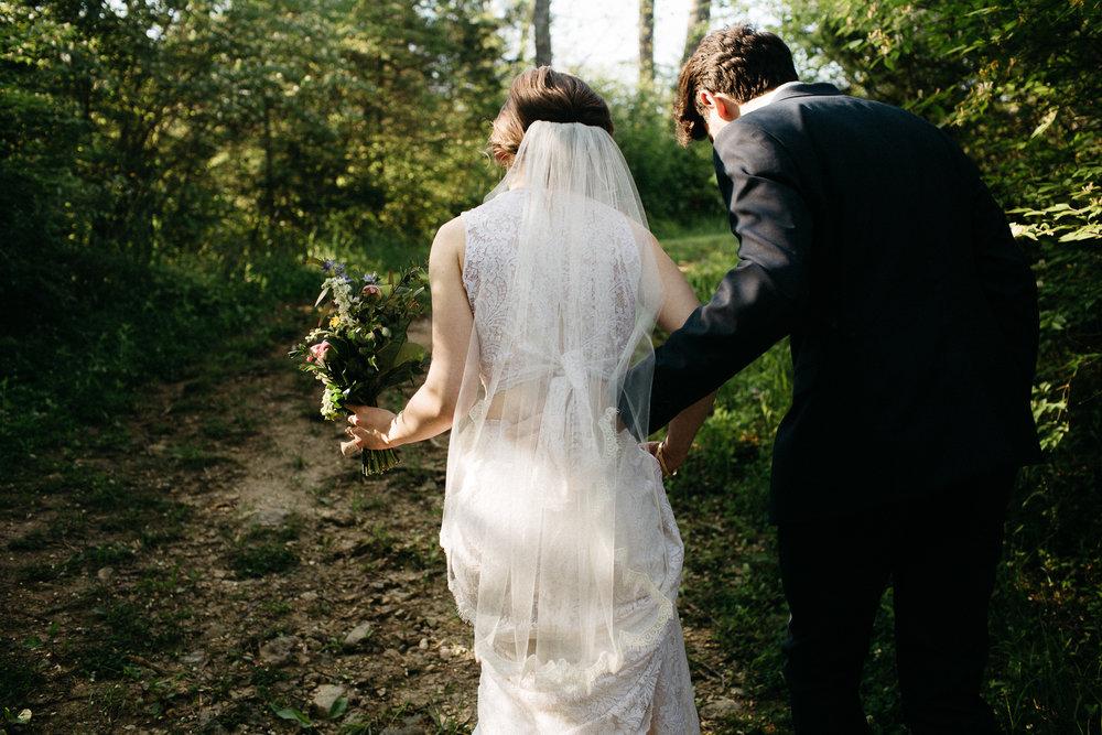 eastlyn bright intimate ohio backyard bohemian forest wedding photographer -97.jpg