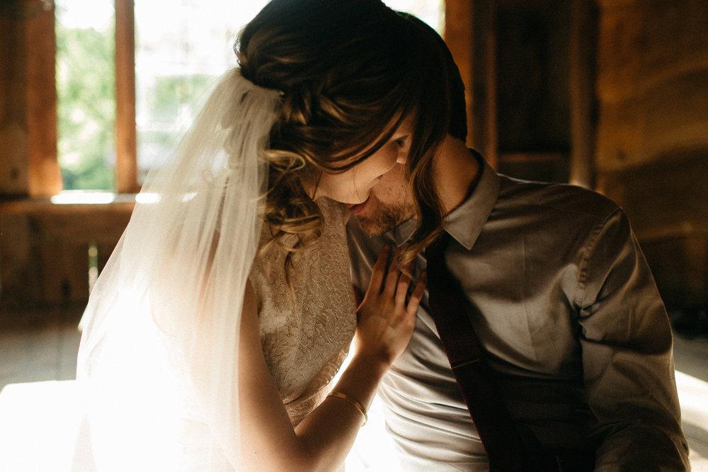 eastlyn bright intimate ohio backyard bohemian forest wedding photographer -119.jpg