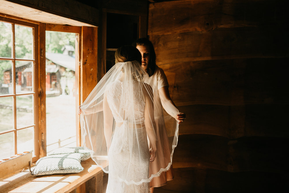 eastlyn bright intimate ohio backyard bohemian forest wedding photographer -273.jpg
