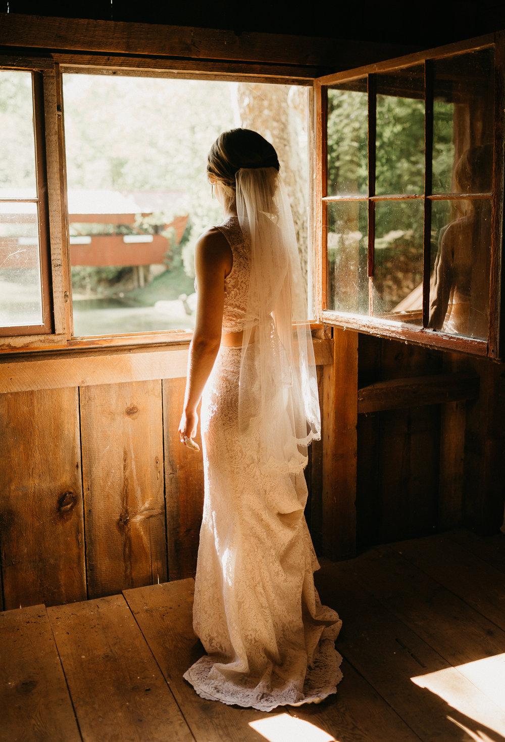 eastlyn bright intimate ohio backyard bohemian forest wedding photographer -285.jpg