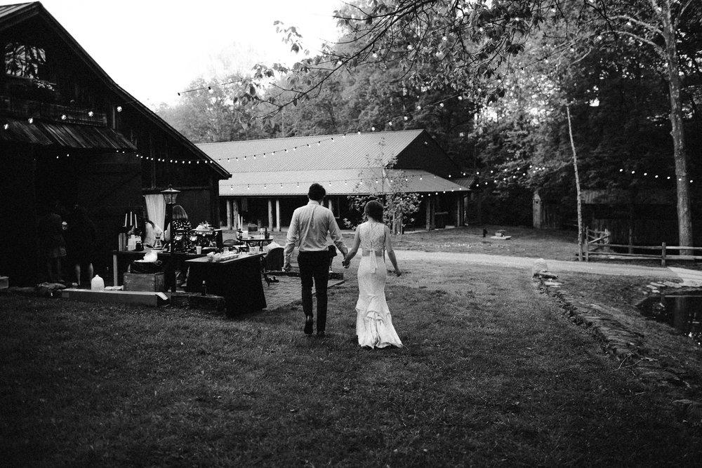 eastlyn bright intimate ohio backyard bohemian forest wedding photographer -198.jpg
