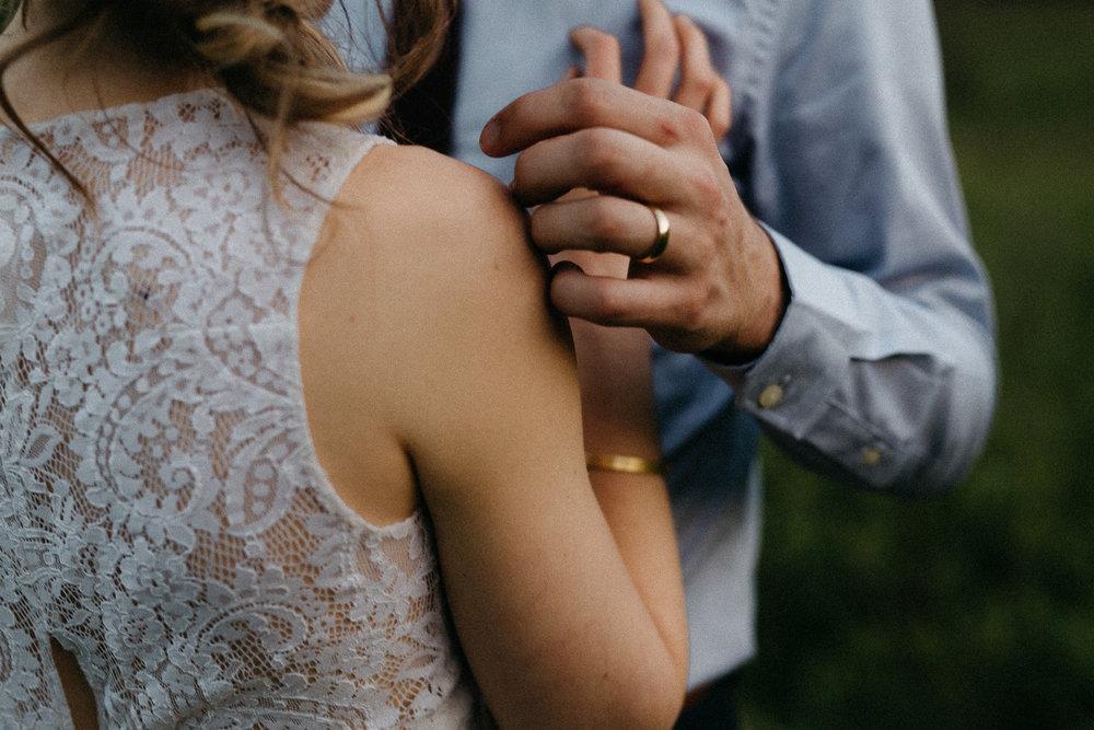 eastlyn bright intimate ohio backyard bohemian forest wedding photographer -215.jpg