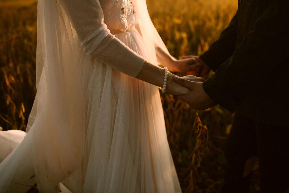 petersen-eastlyn-bright-ohio-autumn-wedding-photographer