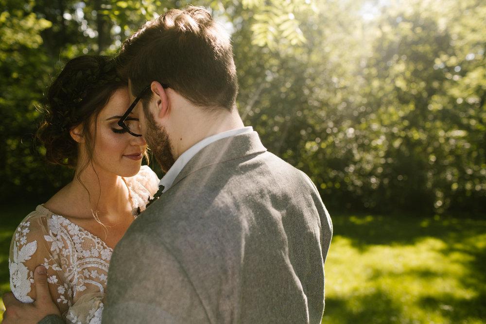 eastlyn and joshua findlay ohio wedding photographers bohemian outdoor wedding-77.jpg