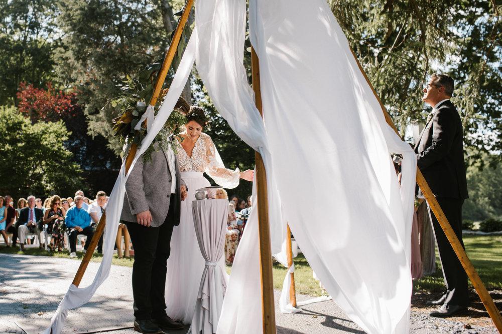 eastlyn and joshua findlay ohio wedding photographers bohemian outdoor wedding-116.jpg