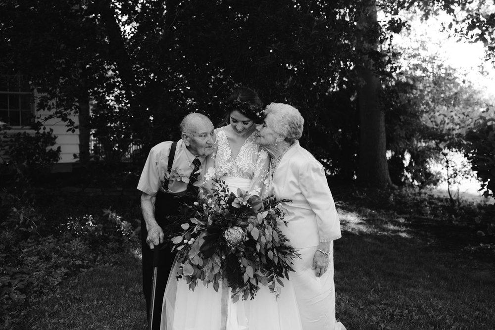 eastlyn and joshua findlay ohio wedding photographers bohemian outdoor wedding-124.jpg