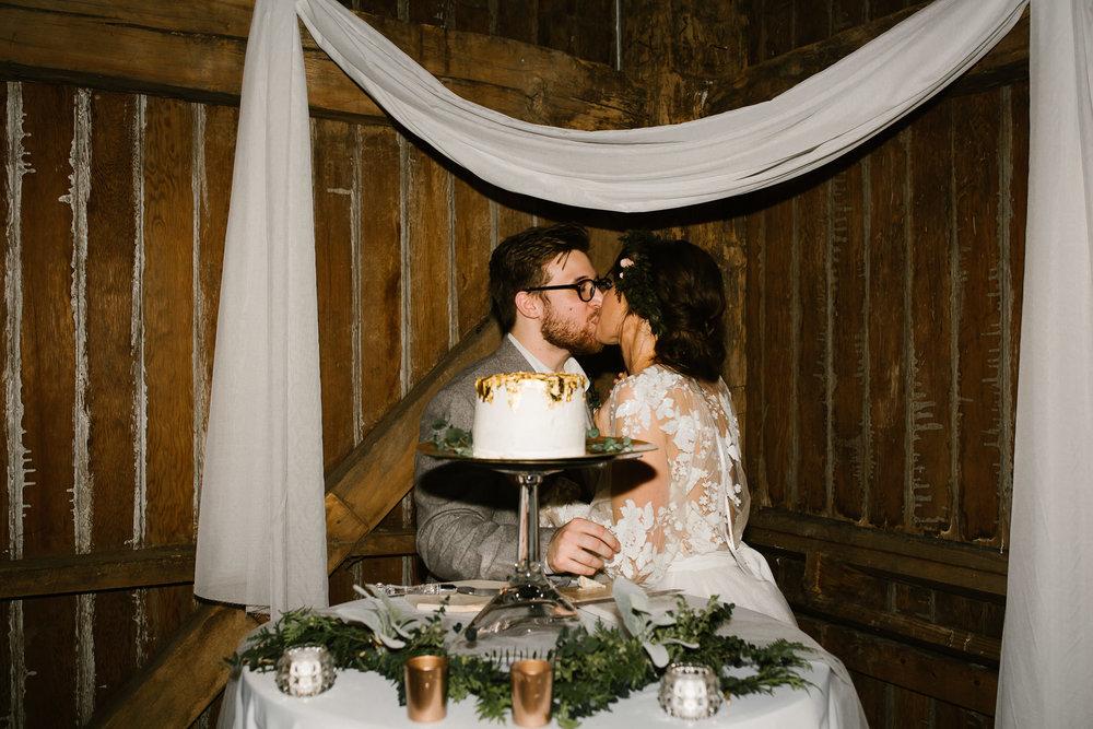 eastlyn and joshua findlay ohio wedding photographers bohemian outdoor wedding-154.jpg