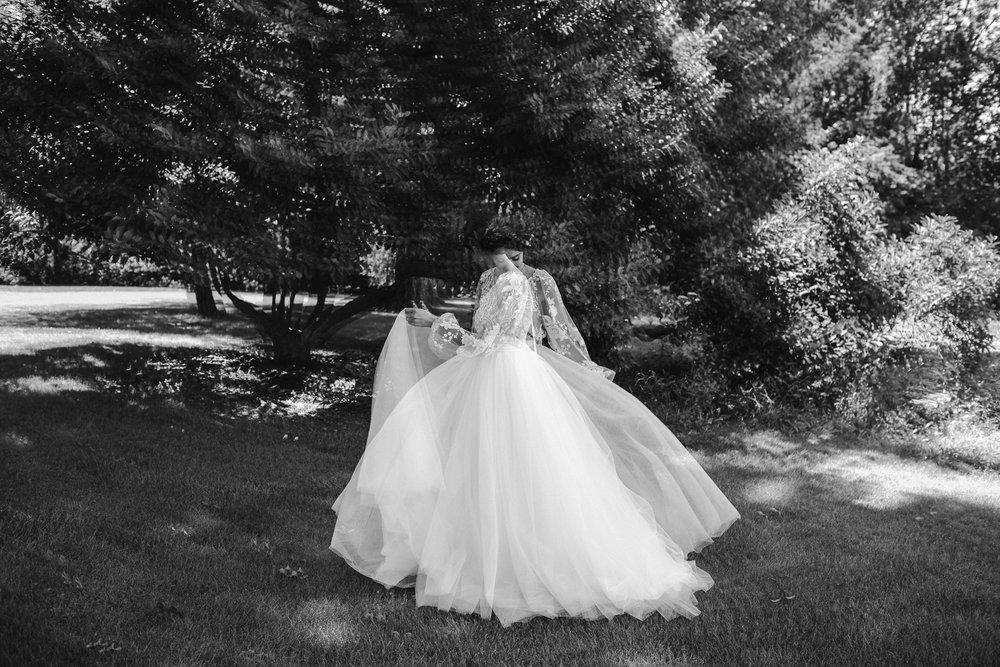 eastlyn and joshua findlay ohio wedding photographers bohemian outdoor wedding-300.jpg