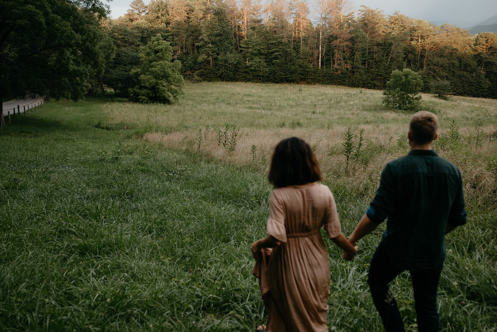 ariannamtorres and isaac engagement session at cades cove smoky mountains elopement-90.jpg